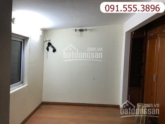 Cho thuê căn hộ tập thể phố kim mã, gần Ngọc Khánh 751036
