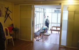 Cho thuê căn hộ trên tầng 4 trong tòa nhà 6 tầng phố Ngọc Hà, Ba Đình, Hà Nội. LH: 0961127399